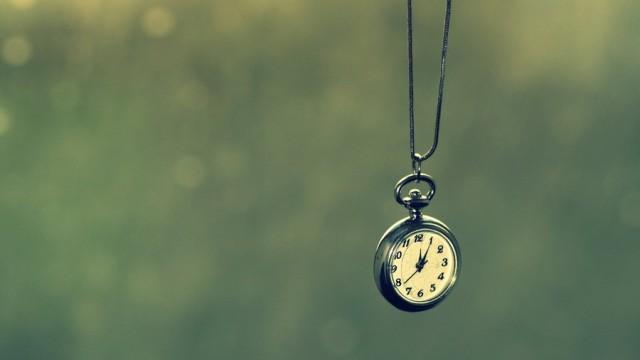 clock__by_yellowcandyfloss-d4smtzz
